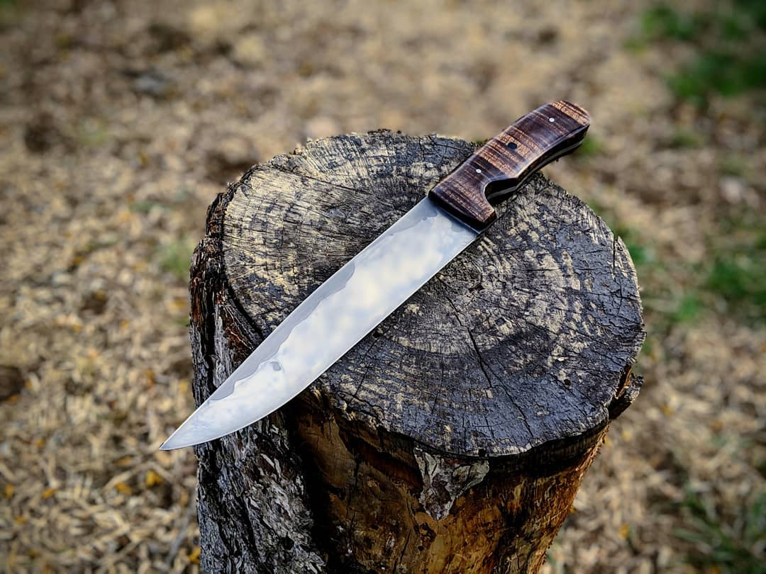 Walnut Drop point